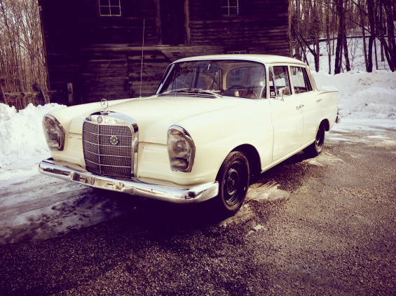 Mercedes Benz 230s Rally