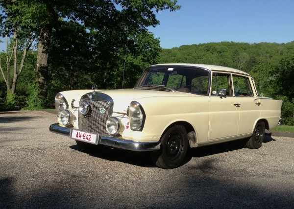 Mercedes 230s Rally
